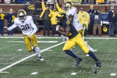 ANN ARBOR, MICHIGAN - OCTOBER 26:  NCAA college football game, Michigan Wolverines against the Notre Dame Fighting Irish at Michigan Stadium on October 26, 2019 in Ann Arbor, Michigan. (Photo by Aaron J. / A Lot of Sports Talk)