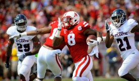 With 232 rushing yards vs. FAU, Ameer Abdullah is well on his way to his third straight 1,000-yard season. (Eric Francis/Getty Images)