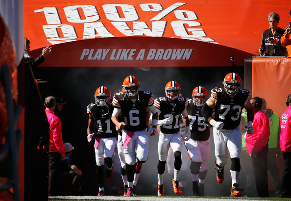 Led by Brian Hoyer (6), the Cleveland Browns, fresh off a dominating performance in a win against the Pittsburgh Steelers, have revitalized hope amongst their fans and are in position to make a playoff push. (G. Shamus/Getty Images)