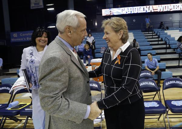 Sylvia Hatchell and Roy Williams (Gerry Broome/AP Photo)
