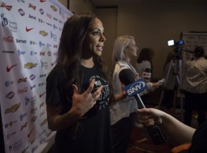 Regular starters Sydney Leroux (foreground) and Julie Johnson (background) spend time with the media. (USsoccer.com)