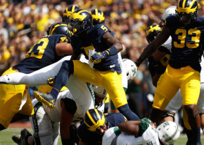 Not only does Jabrill Peppers (5) lead the Wolverines in tackles, he also leads the squad in all-purpose yards. (Gregory Shamus/Getty Images)