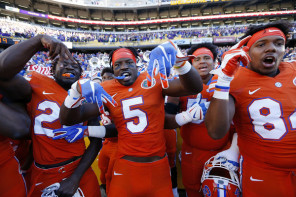 After its dramatic win at LSU to clinch the SEC East, the Gators now look to snap a three-game losing streak to rival Florida State. (Jonathan Bachman/Getty Images)