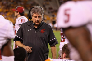 A win for Mike Leach's Cougars against Cal on Saturday will mark Wazzu's first eight-game winning streak since 1930. (Christian Petersen/Getty Images)