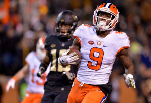 Wayne Gallman won't amass 1,527 rushing yards in 2016, like he had last season, but he already has one more rushing score (14) than his record-setting  2015. (Grant Halverson/Getty Images)