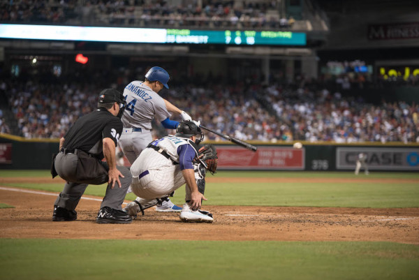 The Dodgers once again got off to a hot start in a game, with Kike Hernandez coming through with a bases-clearing double in the first inning to send Los Angeles on its way to another victory. (Stefanie Rodríguez/ALOST)