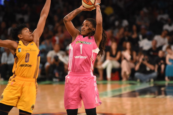 After the Liberty gained control of the game in the second quarter, Shavonte Zellous (1) made sure New York kept control, scoring 11 of her 19 points in the third. (Dontae J. Harris/ALOST)