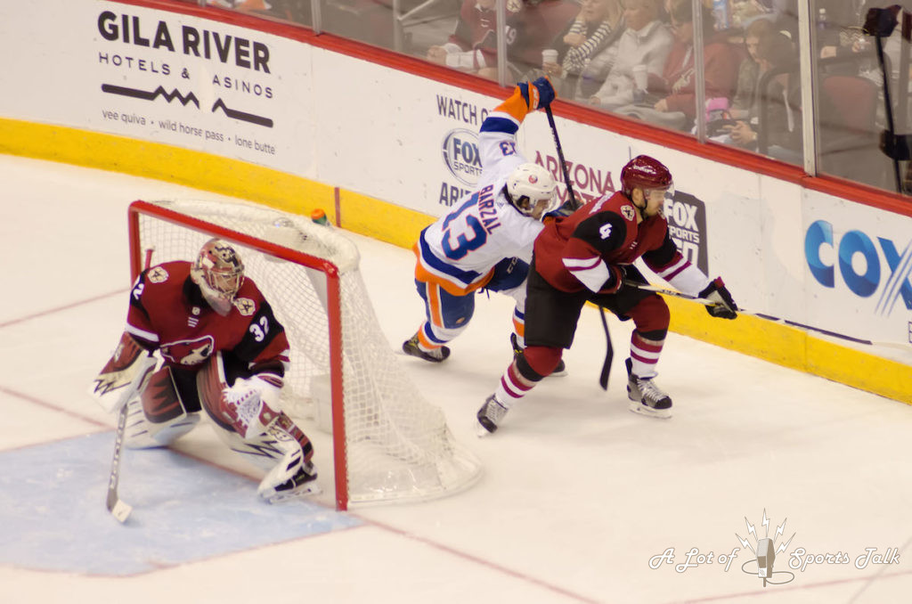 NHL: New York Islanders at Arizona Coyotes (01.22.18)